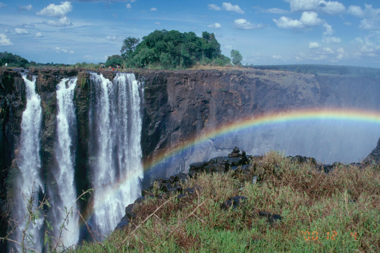 victoria-falls-23-rainbow-XL[1]