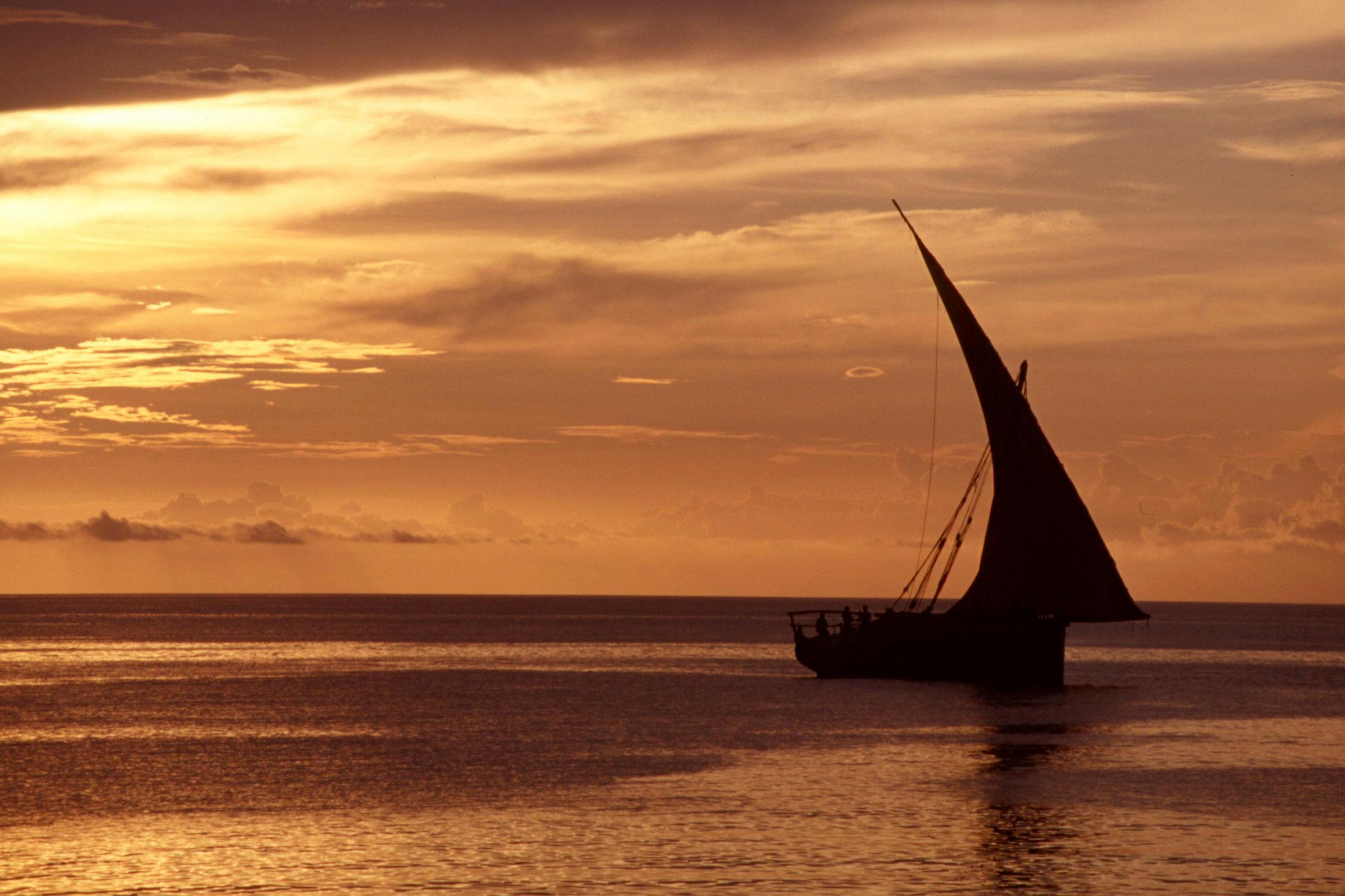 zanzibar-beach-sunset-10