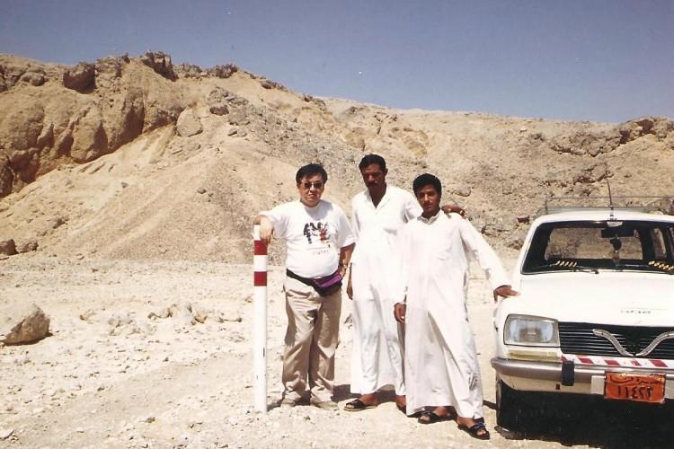 94-09-Luxor-w-Ala-brothers (2)