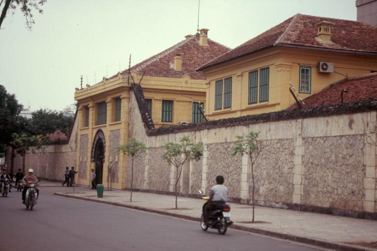 hanoi-1-03-hanoi-hilton-prison