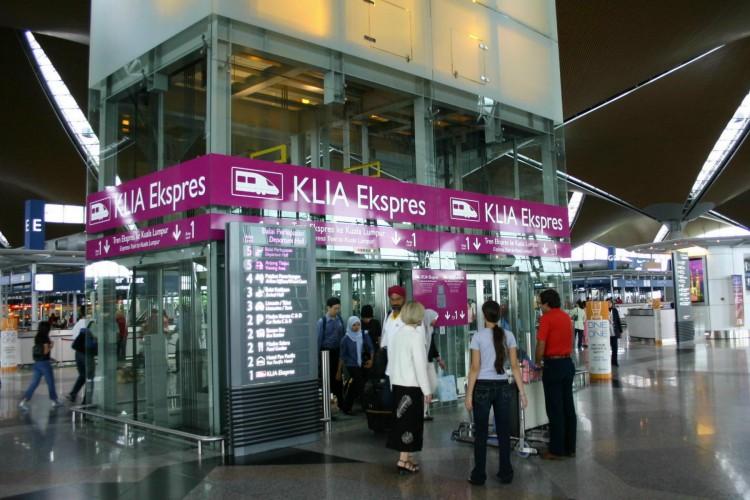 KUL-KLIA-Ekspres-elevator