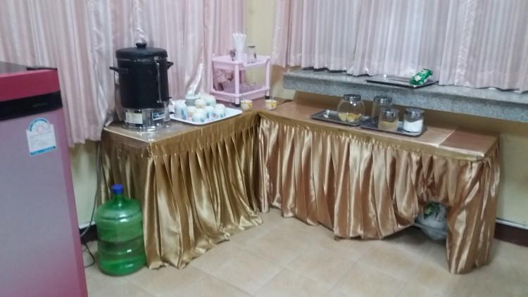 Nongkhai-station-1st-class- lounge-20171030_183439