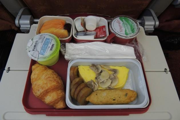 AI310-HKG-ICN-inflight-meal-Y-breakfast