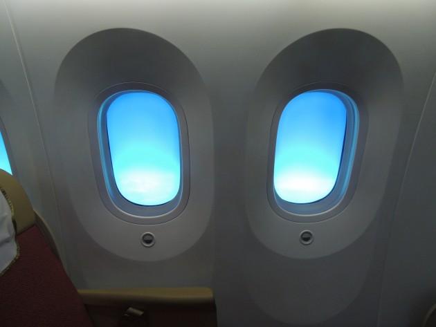 windows-smart-glass-cabin-viewAI-B787-