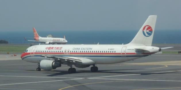 20141116_173902_MU-A320-B-6803-built-in-China-CJU-at-201404