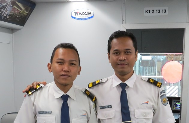 KNO-airlink-crew