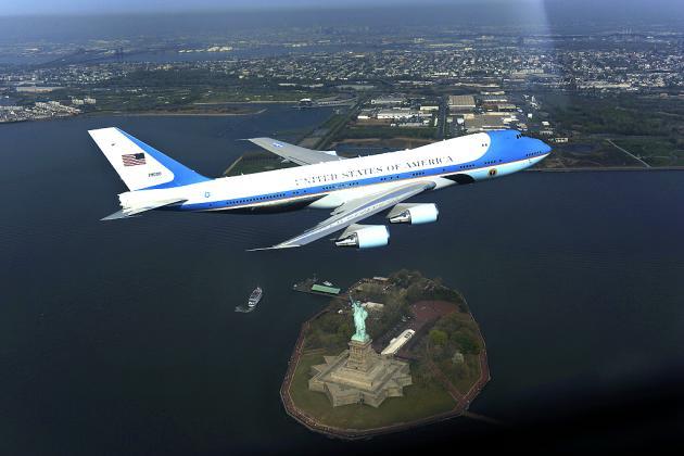 20100216_001048_VC-25A-B747-200-Air-Force-One