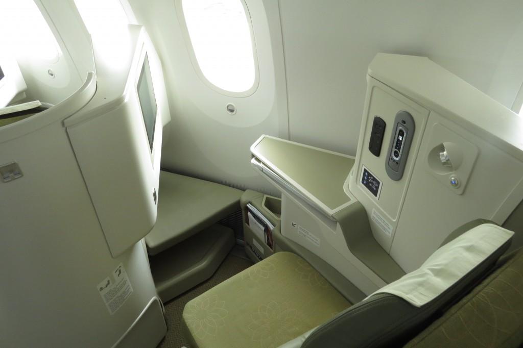 VN-B787-C-cabin-IMG_0205