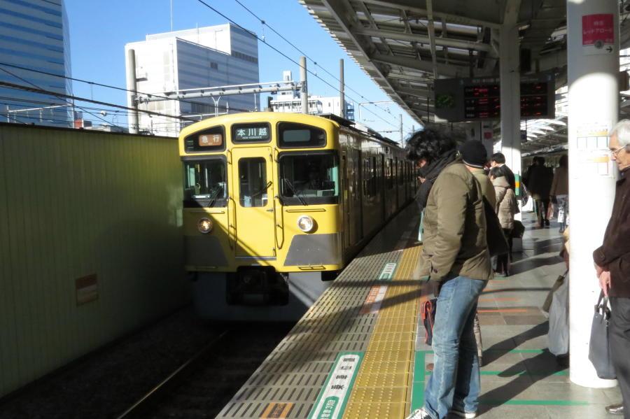 11-seibu-shinjuku-line