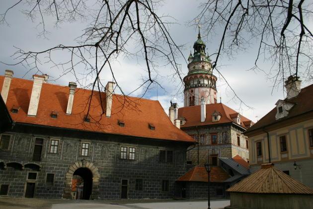 cesky-castle-court
