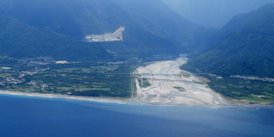 chobl-HUN-coast-Taroko