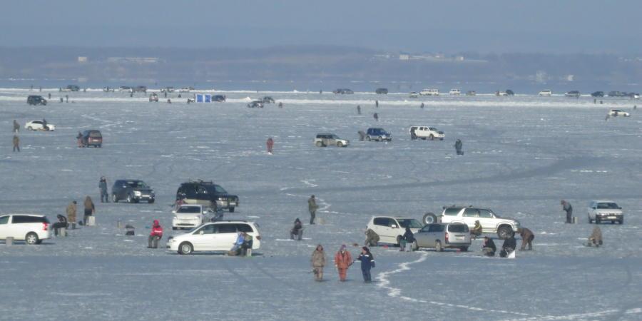 chobl-VVO-frozen-sea2