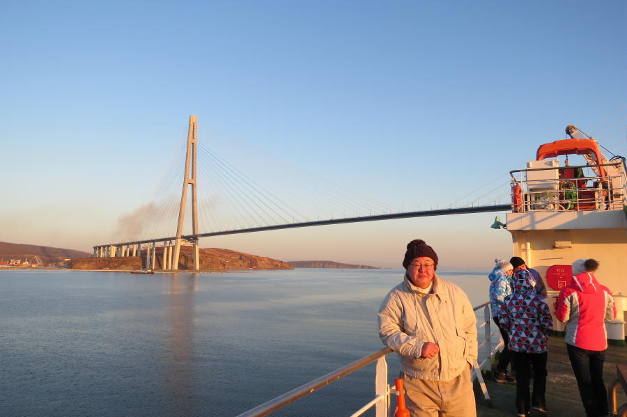 chobl-VVO-port-russky-bridge