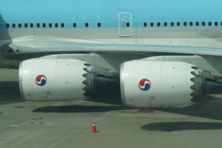 chobl-B748-engines-KE