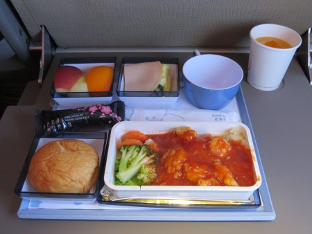 CI721-TPE-KUL-Y-inflight-meal-IMG_2786