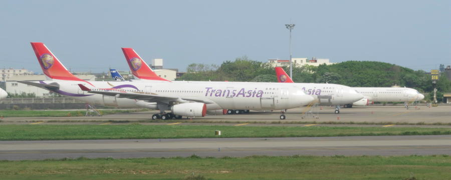 chobl-GE-fleets-A330-343-B-22102-2013-TPE-stored