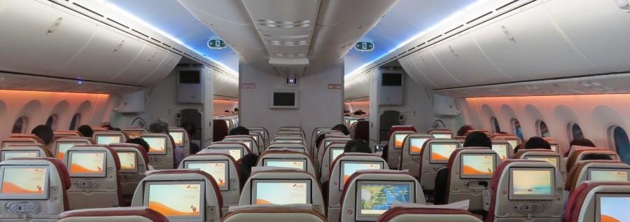 AI-B787-cabin-Y-IMG_4373