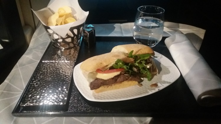 EY876-AUH-ICN-C-inflight-meal-20180221_234919