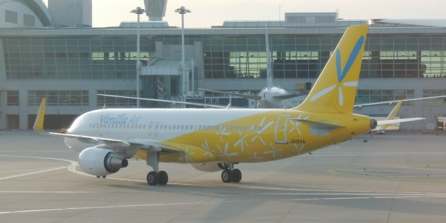 JW-A320-216WL-JA01VA-2013-ICN