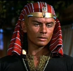 Yul-Brynner-10-commendaments