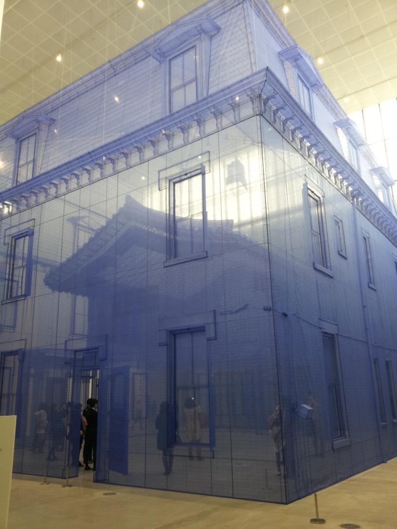 도 5. 서도호 <집 속의 집 속의 집 속의 집 속의 집> 2013. 한진해운 박스 프로젝트, 국립현대미술관 서울관.