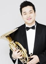 호른 연주자 김홍박.