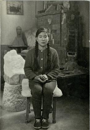 권진규의 집에서 잔심부름을 도와주었던 〈영희〉(1968)의 모델 박영희, 연도미상