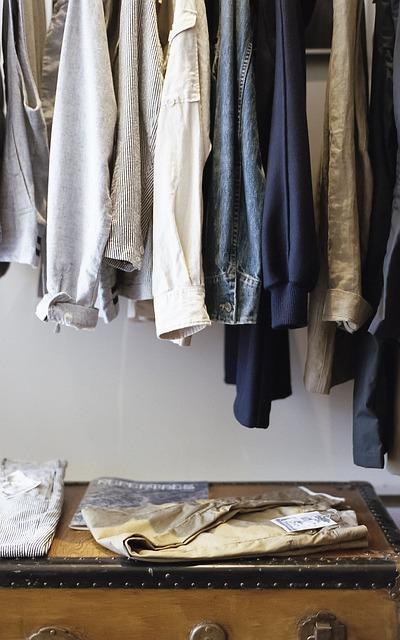 closet-1209917_640