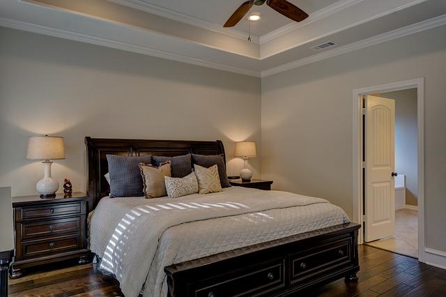 bedroom-1940168_640