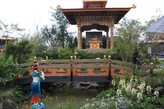 부탄 정원.JPG
