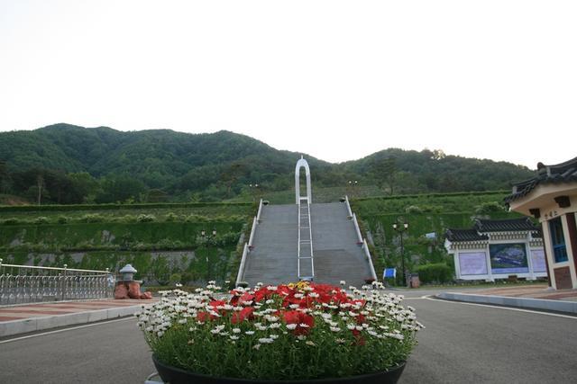 5)산청구간 산청함양사건 추모공원.jpg