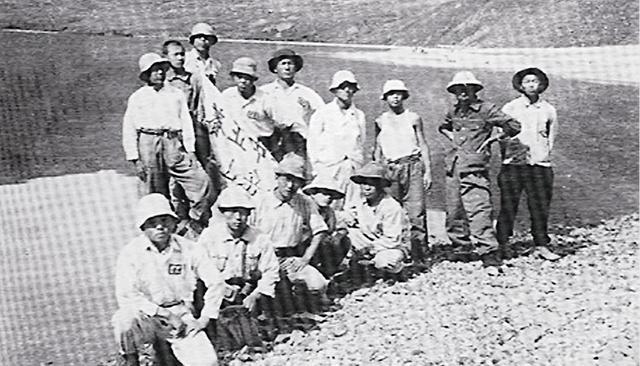 백두산 초등-crop.JPG