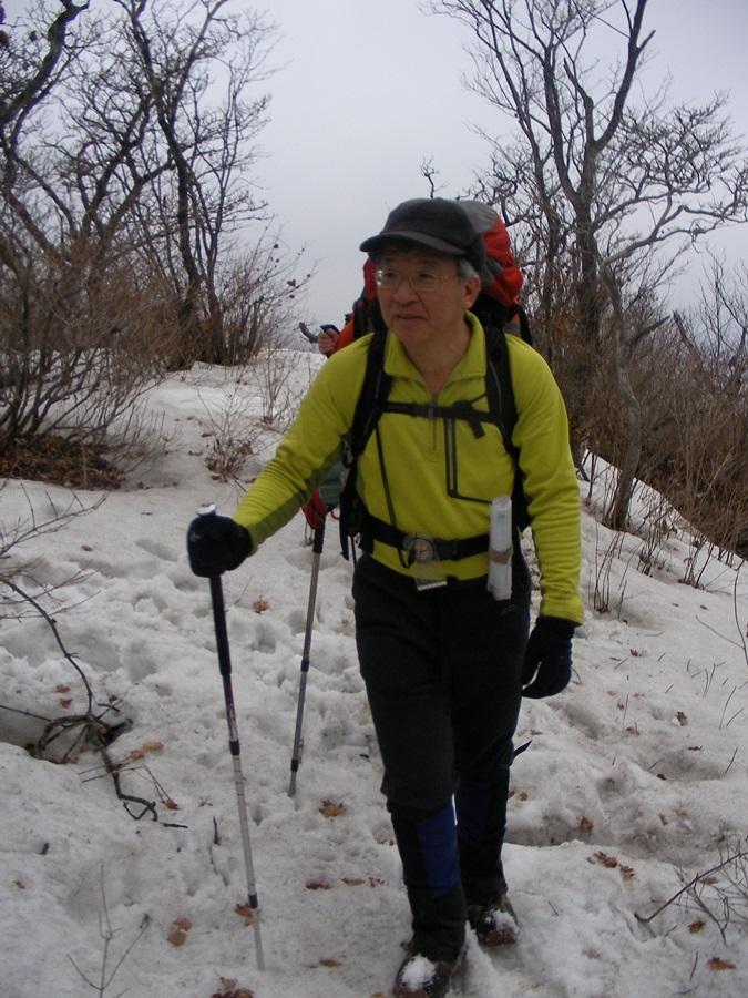 등산매니아인 양승태 대법원장은 시간이 날 때마다 등산을 가서 야영을 한다. 요즘은 너무 바빠 산을 못 가서 좀이 쑤실 지경이라고 한다.