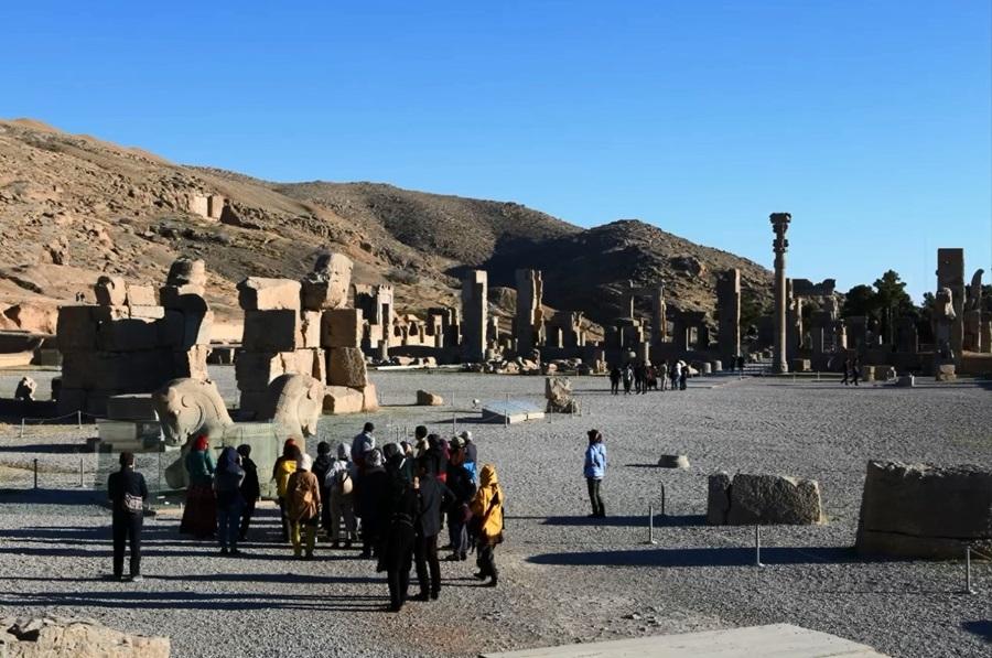페르세폴리스는 이란의 대표적인 유적으로 항상 세계 곳곳에서 많은 방문객이 찾는다. 지금은 제재가 풀려 더욱 많은 사람들이 찾을 것으로 보인다.